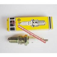 NGK D8EA Yamaha Honda Spark Plug